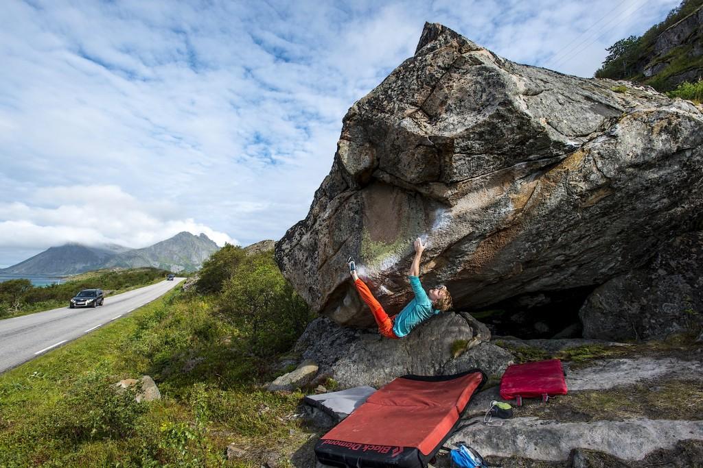 Carl Granlund trying Monster, near the Stem Bastensen boulders, just along the E10.